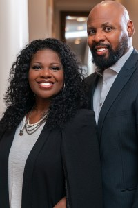 Pastor-James-and-Debbie-Lowe--Senior-Pastor